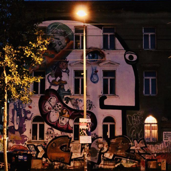 Haus mit Gesicht - Karl-Heine-Straße, Leipzig