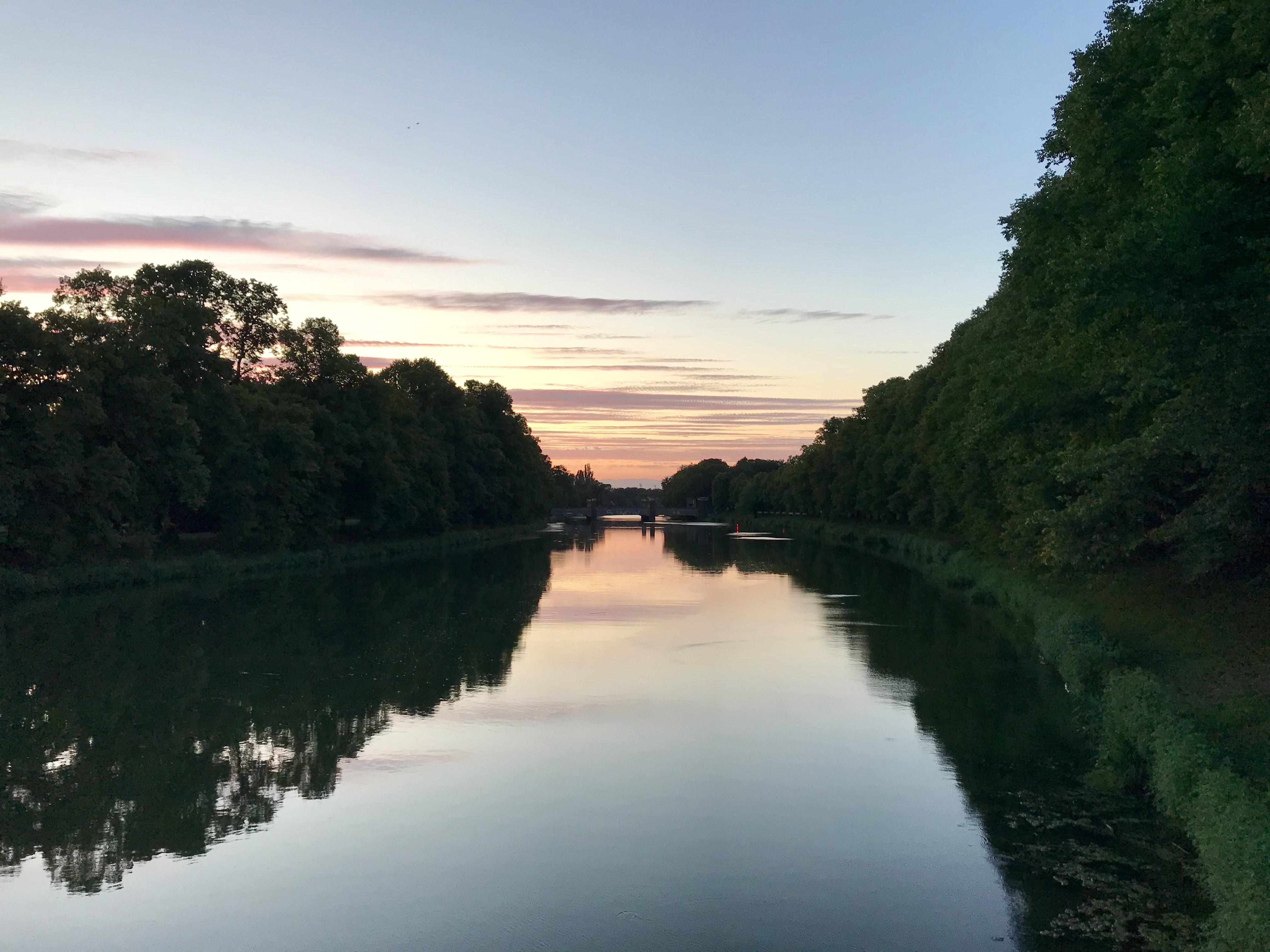 Abendstimmung auf der Sachsenbrücke, Leipzig